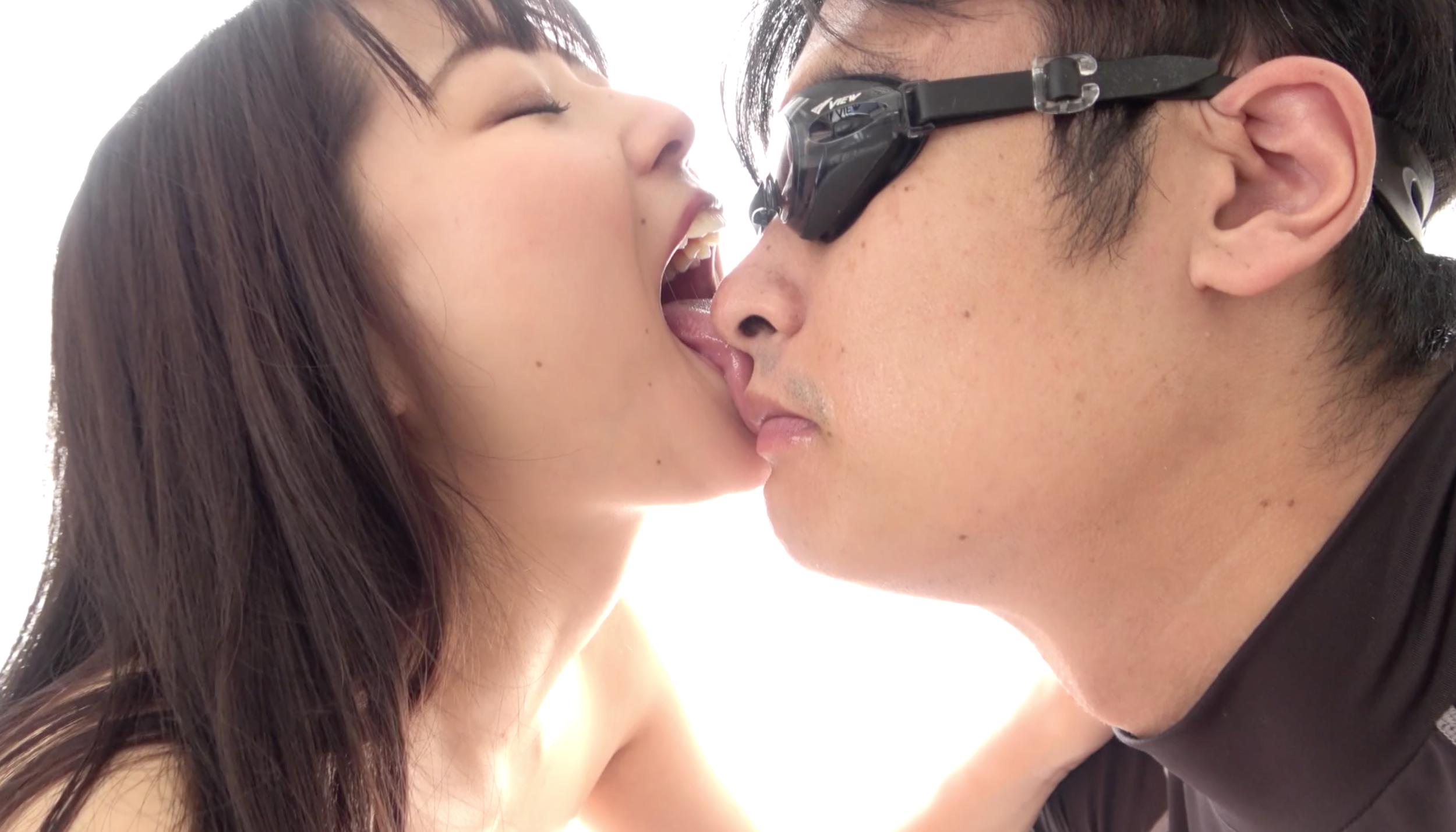 【唾&舌ベロ】大人気女優 宮沢ちはるチャンの大量の唾垂らし&極上顔舐め鼻フェラ!!!