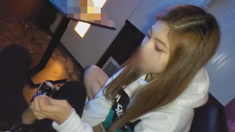 FC2 PPV 1239621 【顔出し・無修正】夢のために上京したスレンダー巨乳の女の子に連続中出し(72分)