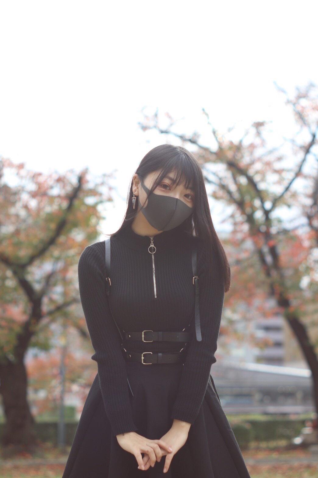 Eカップ美少女かなこちゃん18歳!